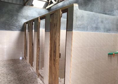 OLG Washrooms Stalls