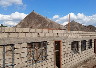 Cement roof supports for the new kindergarten complex